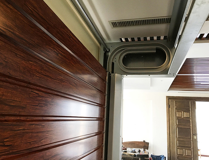 木纹硬质快速卷帘门